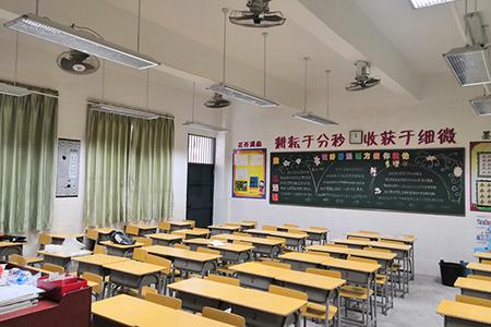 江西寻乌县城北新区小学和江西寻乌县第二中学