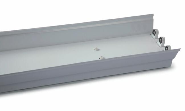 T8灯管支架  3x20W 电感/电子  低耗型三支带罩支架622X205X90mm